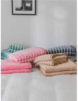 1pc Stripe Pattern Blanket